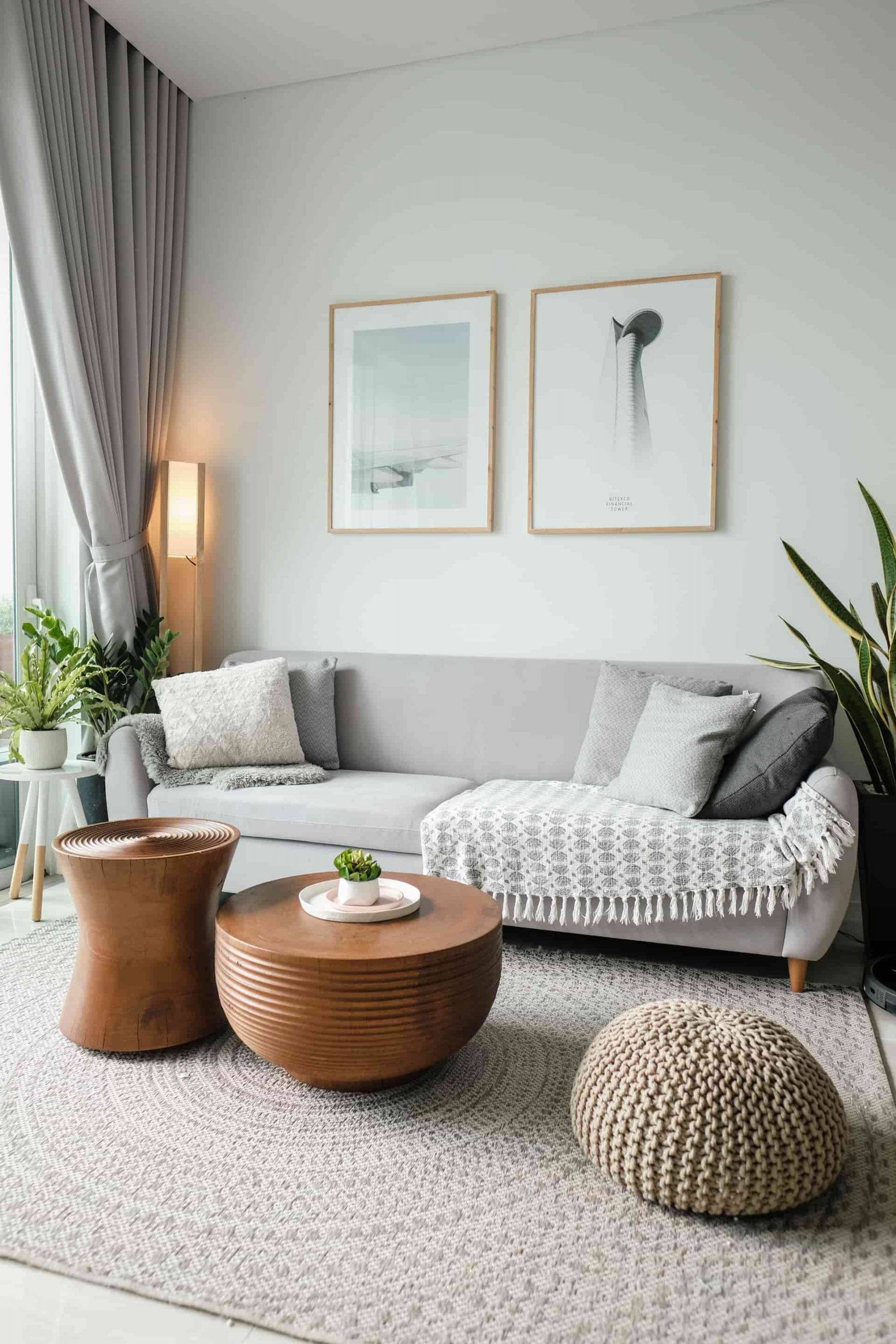 7 ways to Amp up a Boring Wall In Your Home